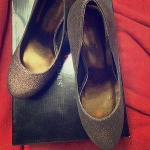 Bronze sparkle heels